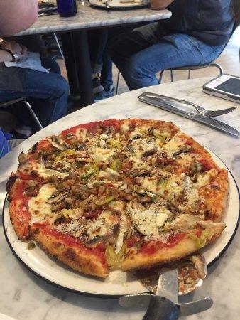 Fabulous Meal My Partner Had The Pizza I Had The Lasagna