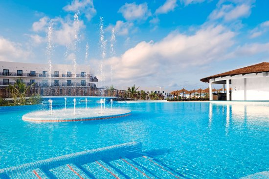 coupe classique disponible qualité stable Great hotel for families and couples - Review of Melia Dunas ...