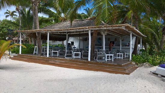 Catalonia Royal Bavaro: beach bar