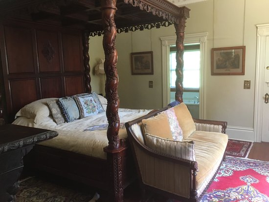Albion Manor Bed and Breakfast: Beautiful heritage house