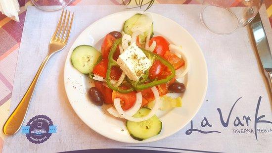 La Varka: Греческий салат