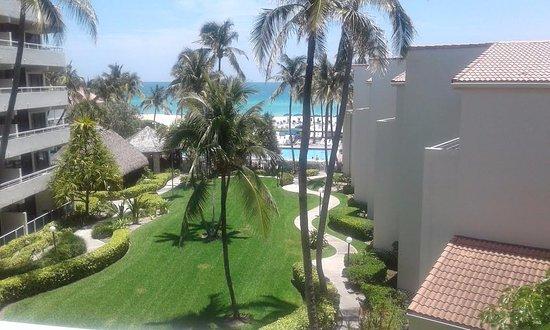 Golden Strand Ocean Villa Resort: Desde el quinto piso en nuestra habitación