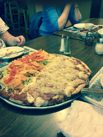 Geneseo, IL: Sauerkraut & Canadian Ham and Taco pizza both a fantastic