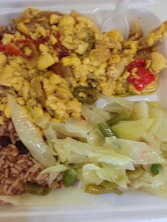Ewing, Nueva Jersey: Ackee and satfish - yummy but salty