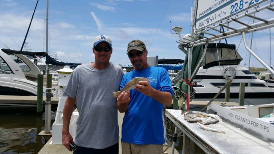 Dominator fishing charters biloxi ms top tips before for Mississippi fishing charters
