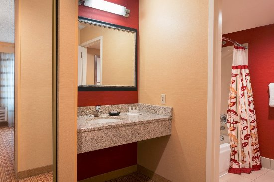 Courtyard by Marriott Pleasant Hill Foto