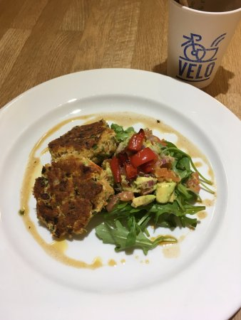 Ringwood, UK: Lymington crab cakes