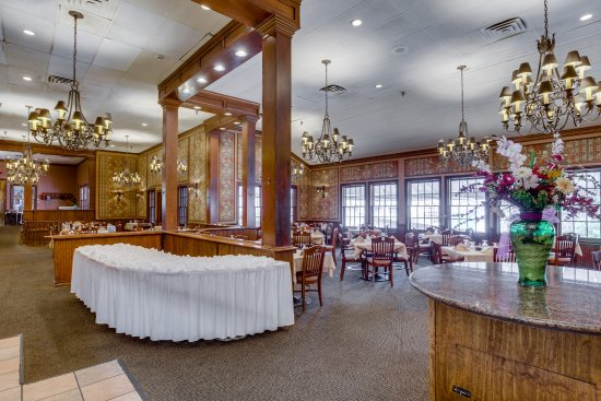 Y O Ranch Hotel & Conference Center: Branding Iron Restaurant