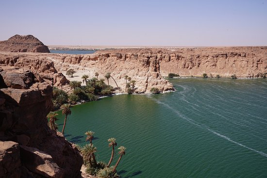 Fada, Chade: Oases amongst the Sahara, north of Chad.