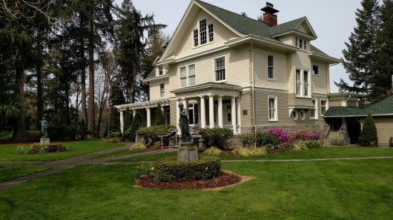 Tumwater, Вашингтон: The Schmidt House