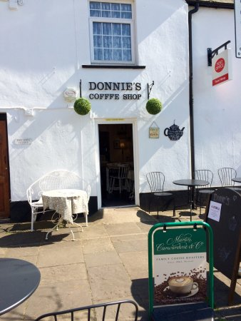 Magor, UK: Summer at Donnie's☀️