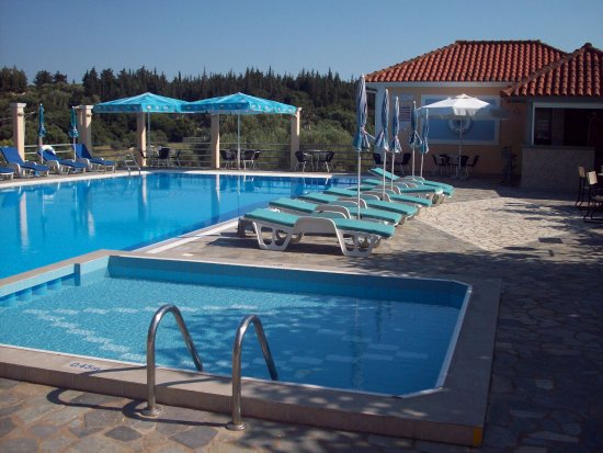 Peratata, Greece: Pool