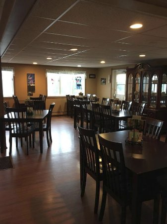 Boularderie, Canada: Our new beautiful dining room.