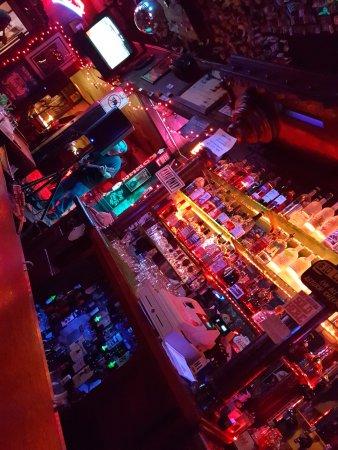 Cayucos, CA: bar