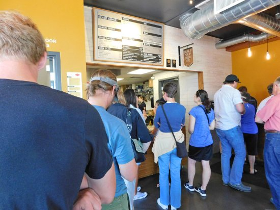 Logan, UT: Long Line to Order but moved quickly