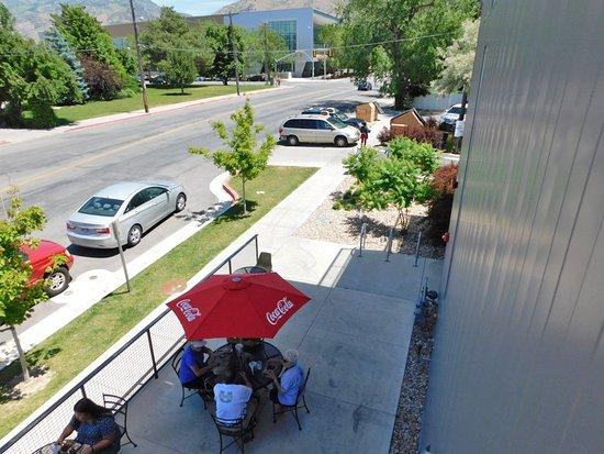 Logan, UT : Outside seating