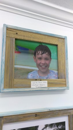 Treasure Island, FL: Hand-made frames for your vacation pictures. 8x10, 11x14, 16x20