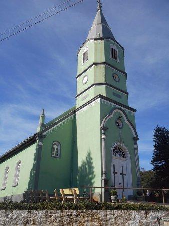 Igreja em Lindolfo Collor