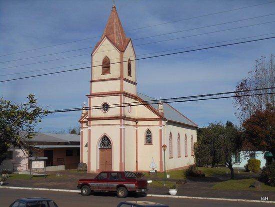 Linha Nova, RS: Igreja Luterana em Linha Nova
