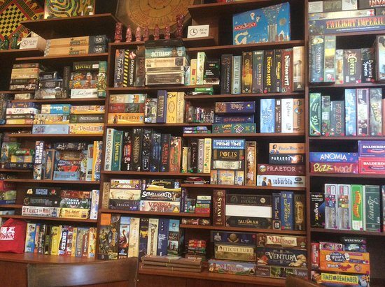 Grand Forks, Canadá: 400+ Game Library