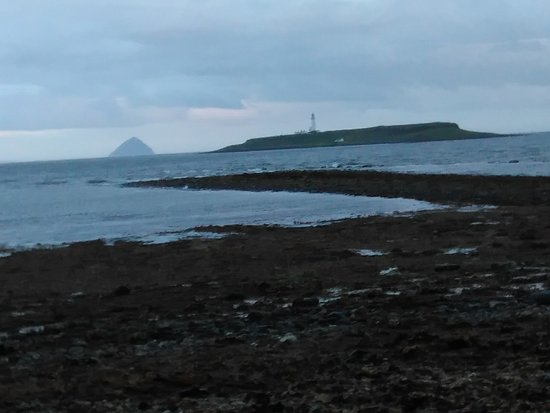 Kildonan, UK: Pladda and Ailsa Craig