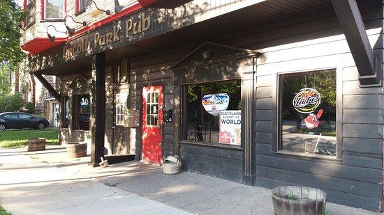 The Lincoln Park Pub