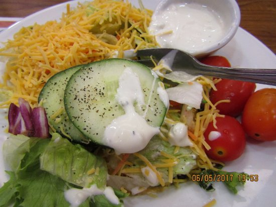 Austinburg, OH: Perfect, crisp, fresh salad