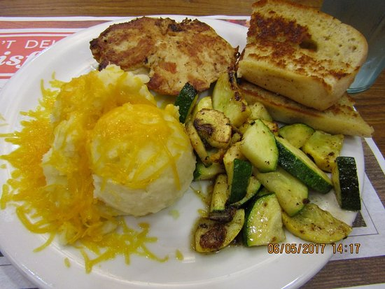 Austinburg, OH: Good chicken, potatoes not very warm, veggies laying in oil