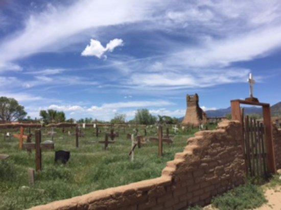 Taos Pueblo: Amazing graveyard