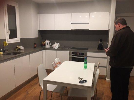 Bonavista Apartments - Passeig de Gracia: Kitchen