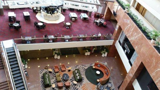 Grand Millennium Auckland: View of Atrium Lounge and hotel lobby from above