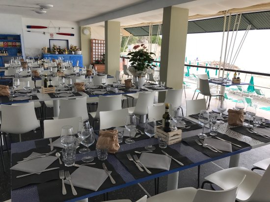 Bar ristorante est finale finale ligure restaurant - Bagni vittoria finale ligure ...