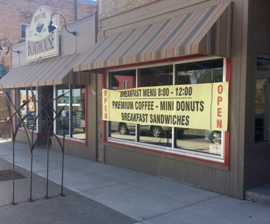 Battle Lake, MN: SAT/SUN 8 to NOON! Stop in and enjoy a fast, fresh delicious breakfast - great coffee too!