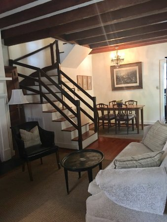 Middleton Family Bed and Breakfast: Charming!