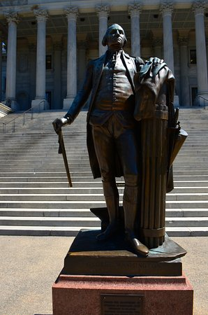 South Carolina State House: President George Washington, in front of State House