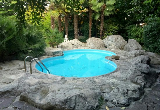 Mordano, Italy: S70616-071921(1)_large.jpg