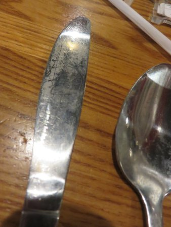 Lake Park, GA: Dirty silverware