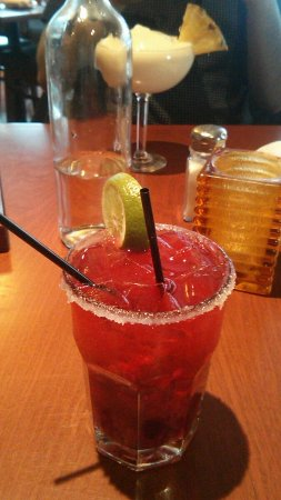 Blue Cactus Bar & Grill: Raspberry mojito