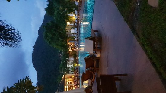 Metadee Resort and Villas: 20170607_185831_large.jpg