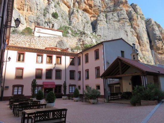 Jaraba, Spain: entrada del balneario.