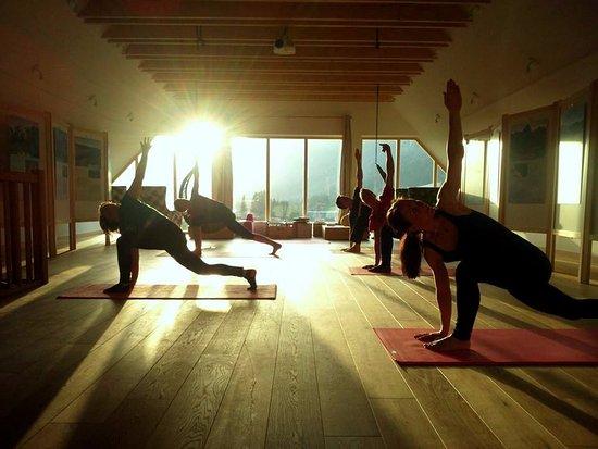 Bohinjsko Jezero, Slovenië: Yoga Bohinj, sunset yoga, joga Bohinj