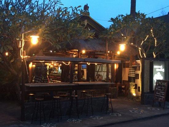 Padangbai, Indonesia: Front Omang Night