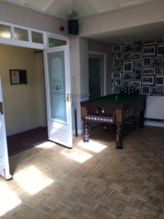 Clare, UK: Bar Billiards