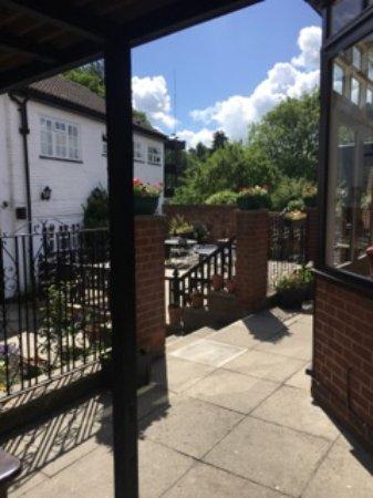Clare, UK: Beer Garden