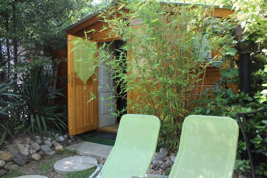 Durfort-et-Saint-Martin-de-Sossenac, France: Chambre Zen