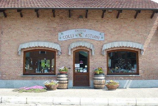 Enoteca Colli Astiani: Esterno negozio