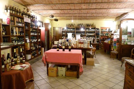 Montegrosso d'Asti, إيطاليا: Interno negozio