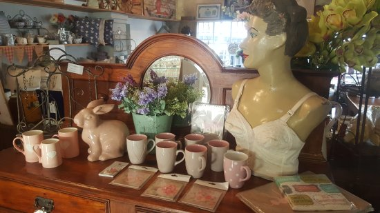 Oude Werf Antiques & Decor