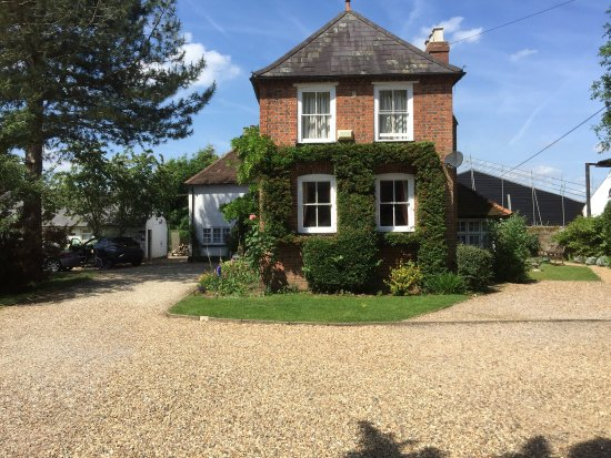 Sheephouse Manor: Had a great holiday here - left on June 15th 2017. Excellent studio/cottage with beautiful view