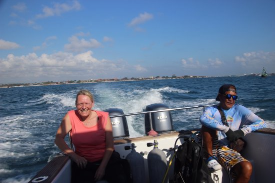 Bali Jet Set Dive and Marine Sports: on the way